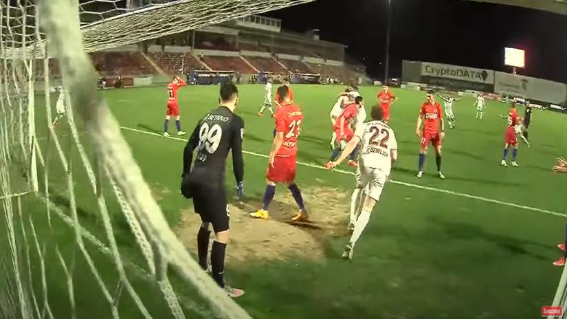 U Rumuniji ludo po običaju: Kluž do sapasa u 90+3, golmana FCSB-a verovatno čeka otkaz (VIDEO)