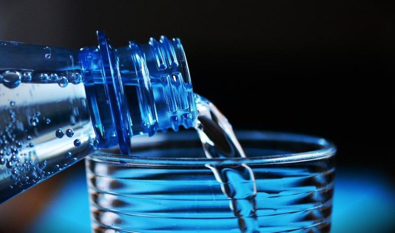 Da li je gazirana voda zdrava koliko i negazirana?