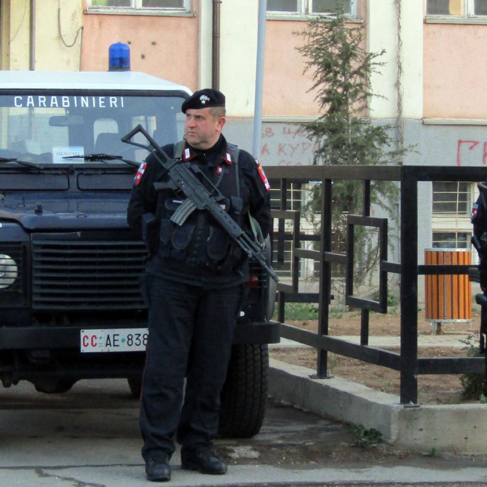 Ruski oficiri i italijanski kapetan uhapšeni zbog špijunaže: Primopredaja tajnih dokumenata za novac!