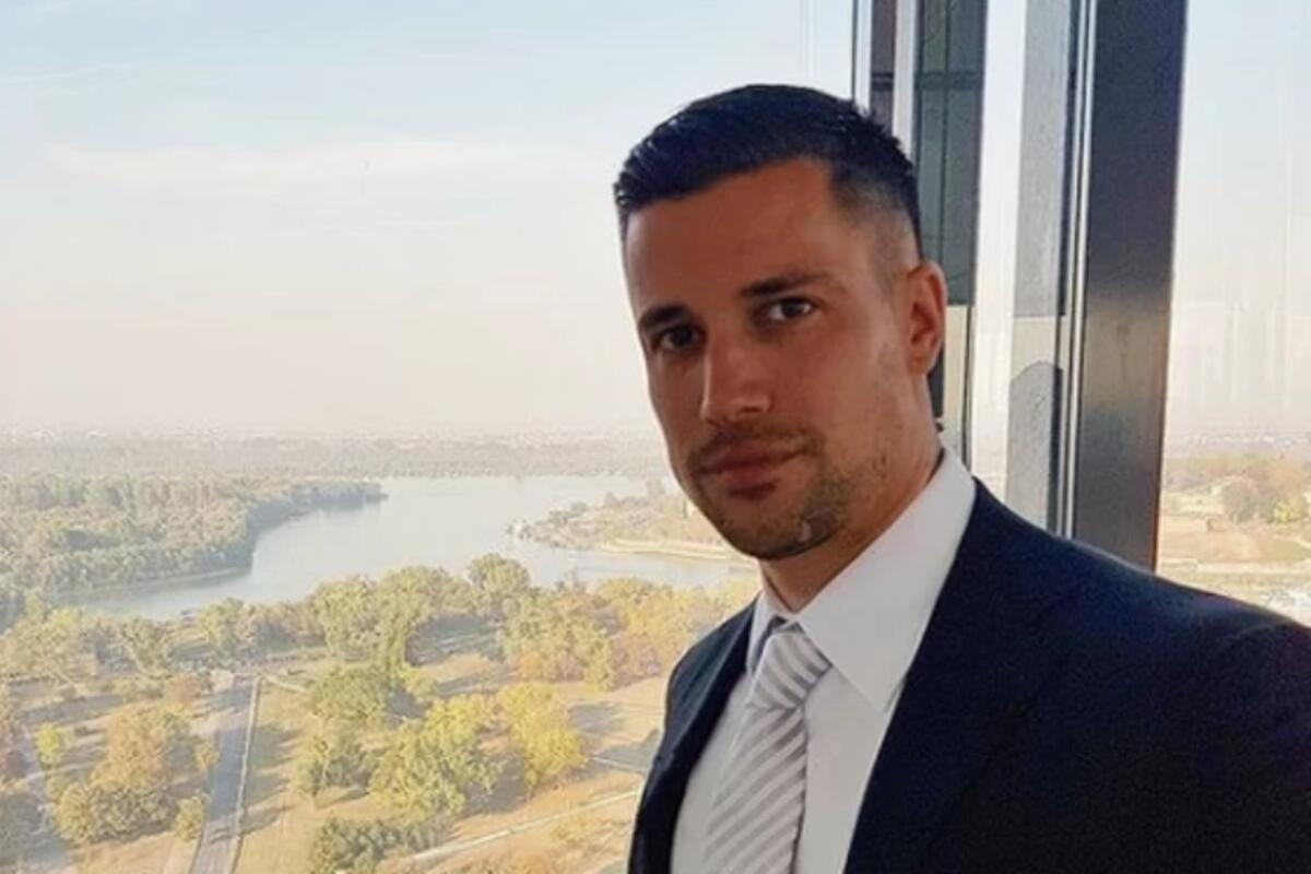 DR VUJOVIĆ (32) IZ BEOGRADA PROGLAŠEN JE ZA NAJZGODNIJEG NA SVETU: Plastični je hirurg, ima crni pojas, GLEDAJTE GA