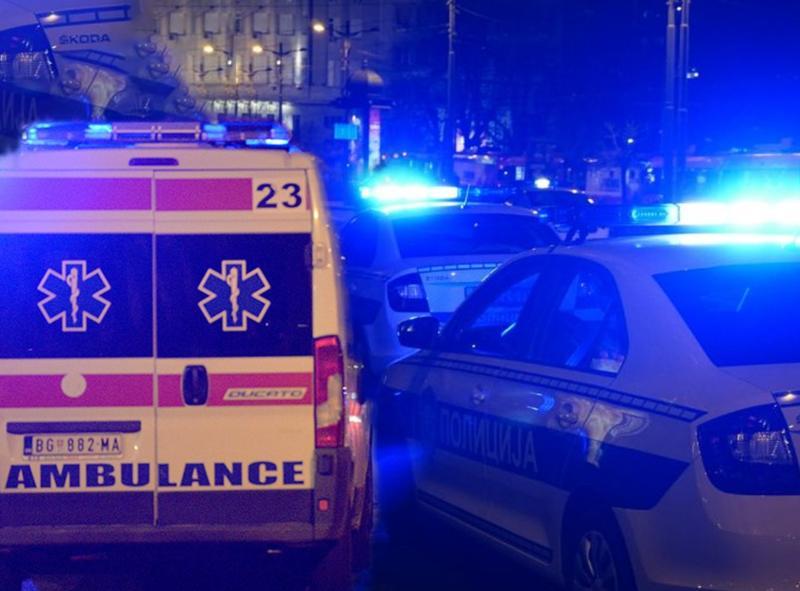 SAOBRAĆAJKA u Železniku: Prevrnuo se auto sa pet putnika, dvojica teško POVREĐENA