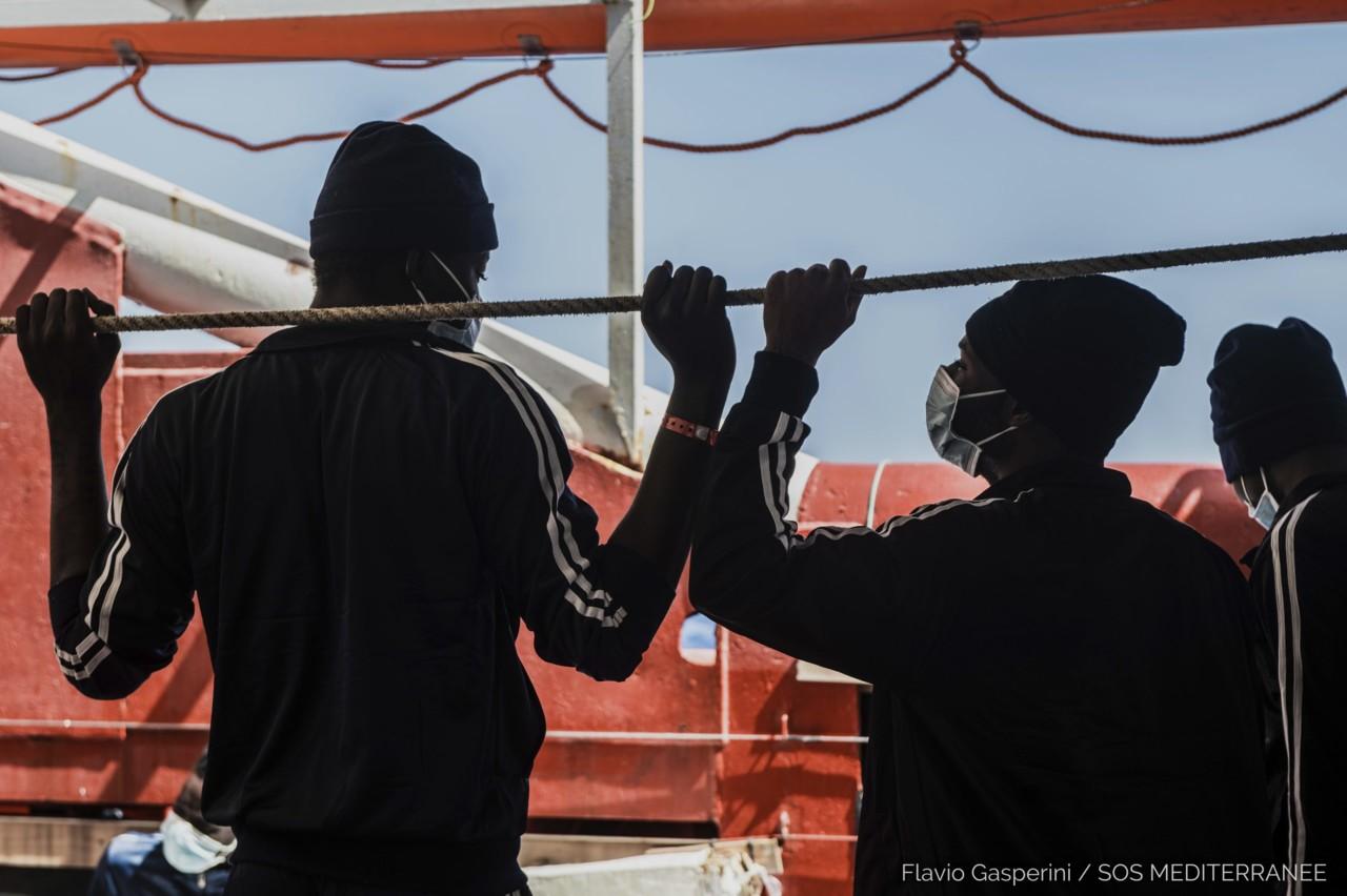 Jahta sa 170 migranata odvučena u grčku luku Kalamata