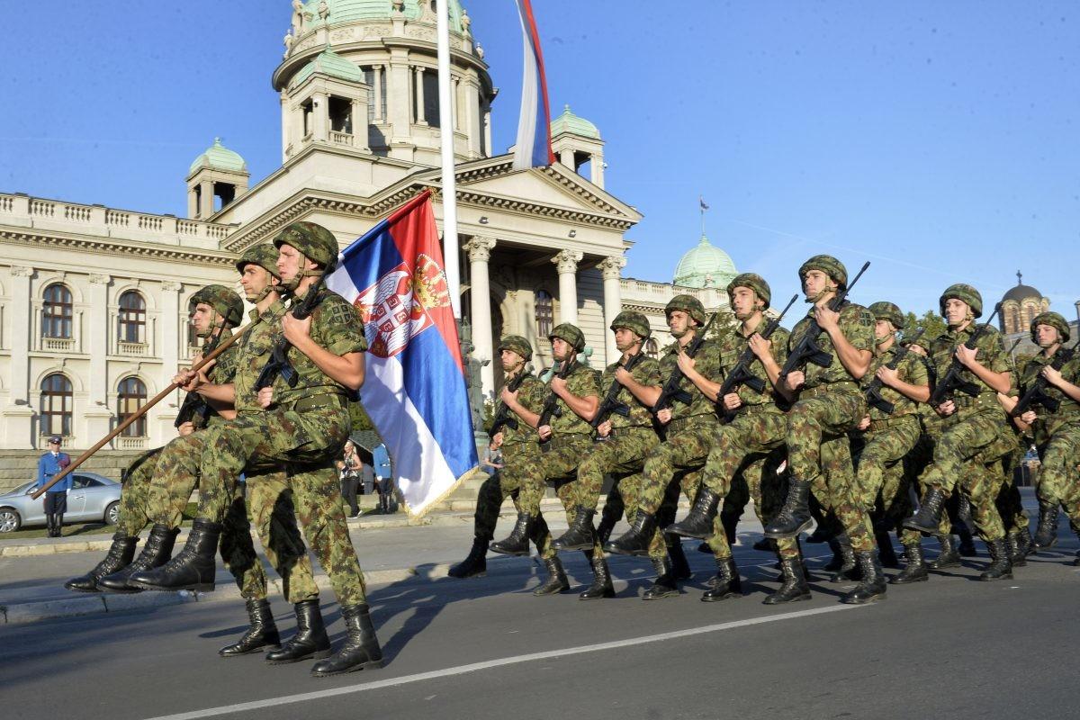 Ispitivanje: Više od dve trećine građana za vraćanje obaveznog vojnog roka