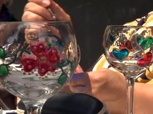 Стакло, декупаж, цвеће, вуница... У креативно предузетништво кроз радионице у Параћину