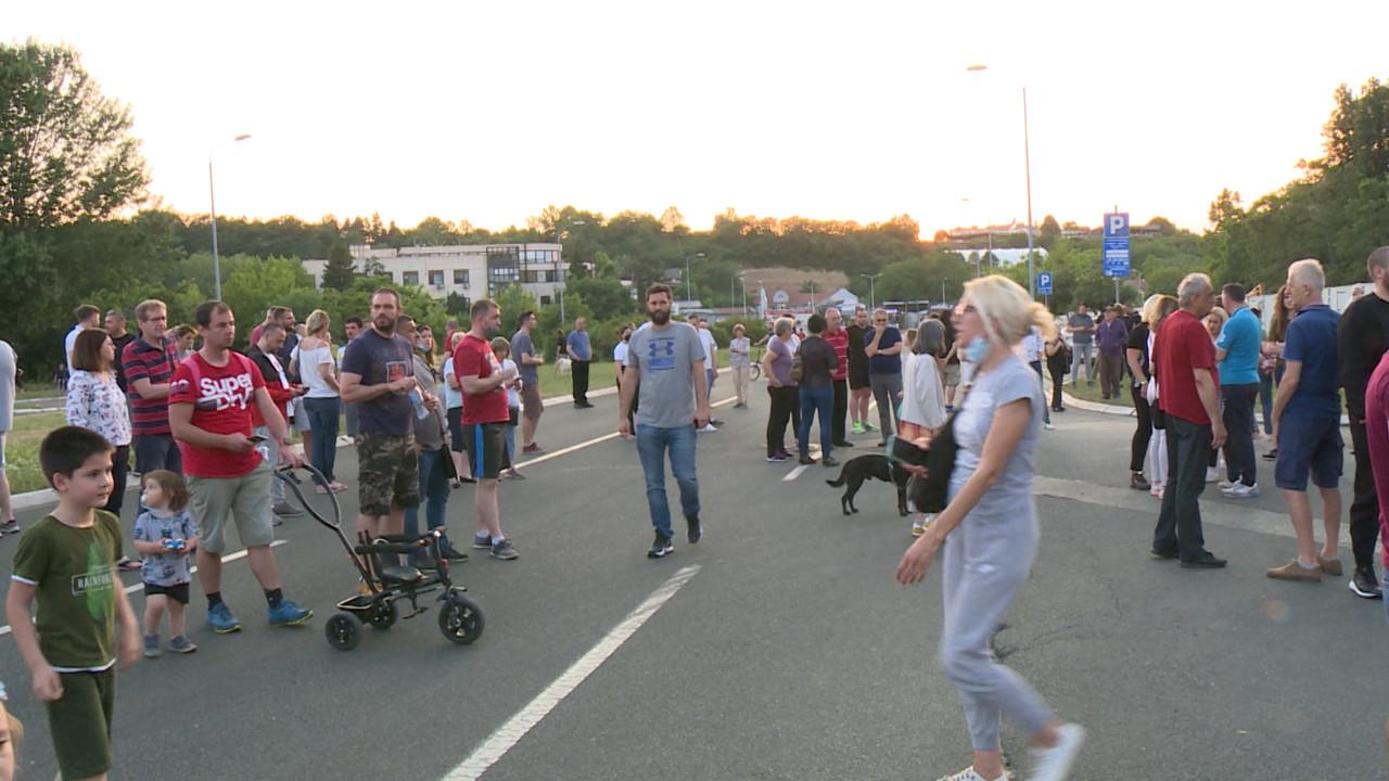 Četvrti protest stanara bloka 37, najavljena i nova okupljanja