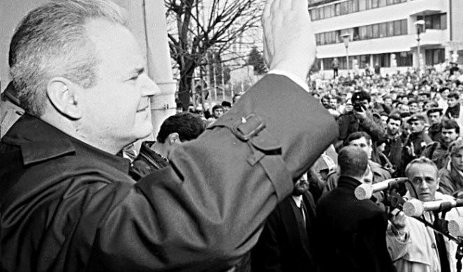 """""""MARIJA MU JE PRUŽILA PIŠTOLJ I DESILA SE JEDNA STRAŠNA SCENA"""" Toma Fila bio je pored Miloševića u trenutku hapšenja, a sada otkriva ŠTA SE TAČNO TAMO DESILO"""