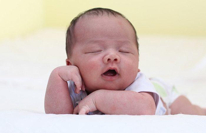 U Novom Sadu za jedan dan rođeno 28 beba, među njima i par blizanaca
