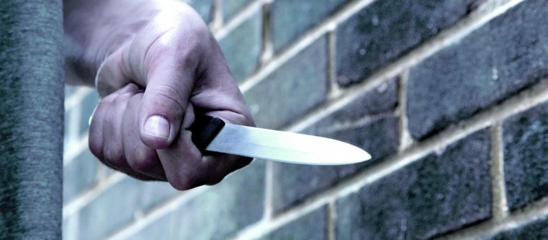 UŽAS KOD KRAGUJEVCA: Žena izbola bivšeg muža, pa mirno sačekala policiju!