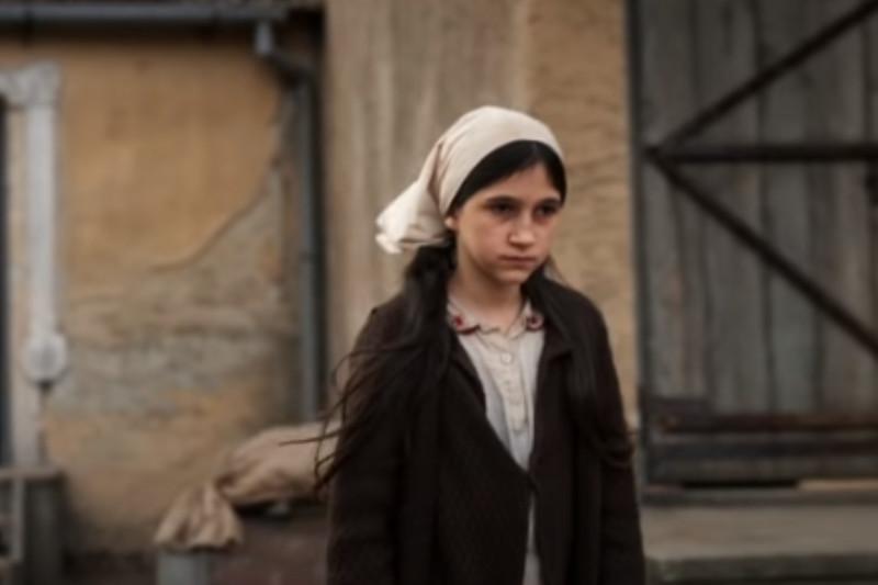 Glavna junakinja filma 'Dara iz Jasenovca' ima tešku životnu priču: Otac Radovan ističe da radi i dan i noć da bi izveo decu na pravi put
