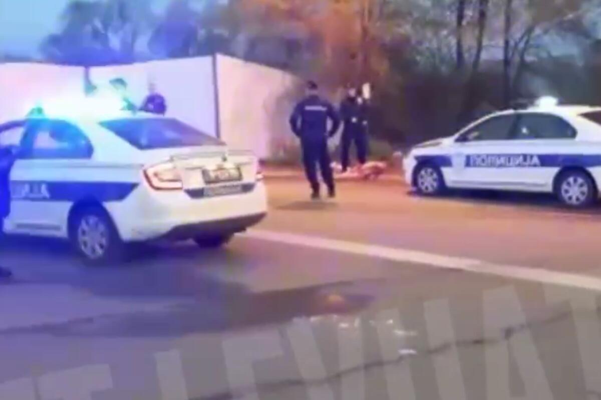OVO JOŠ NISMO VIDELI U SRBIJI: Napao psa i počeo da ga JEDE ŽIVOG, policija hitno reagovala! (UZMEMIRUJUĆI VIDEO)