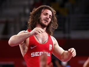 Нова медаља за српско рвање, Датунашвили у недељу напада светско злато