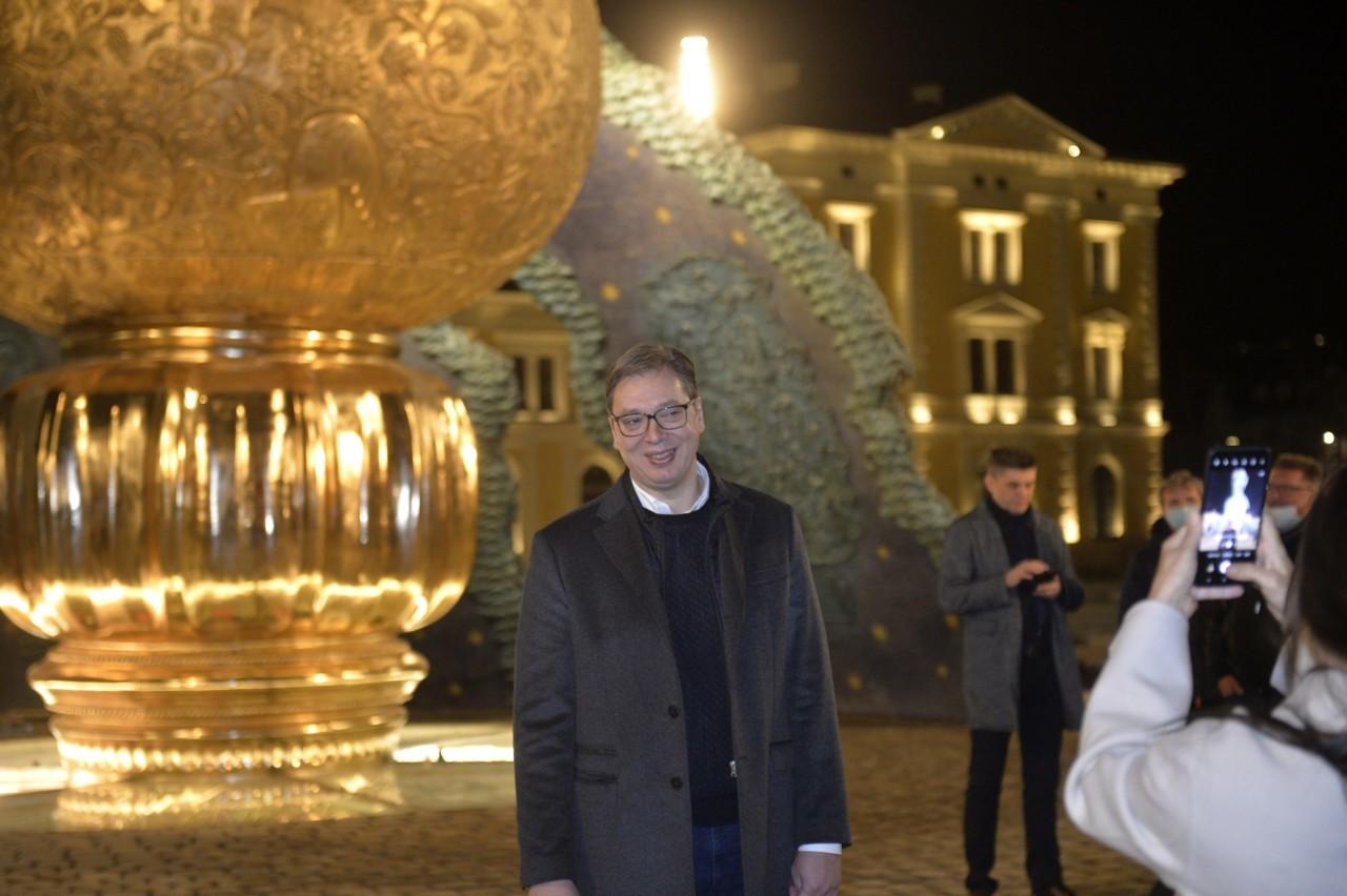 Vučić: Ne treba brinuti o dozama za revakcinaciju, četvrti smo u Evropi po stopi