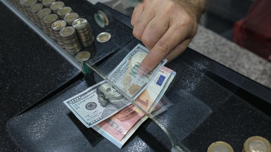Rekordan pad turske lire posle smene čelnika centralne banke