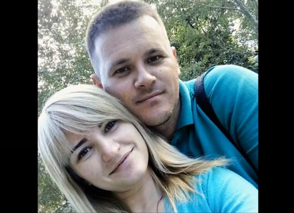 Majka MONSTRUM pobegla s ljubavnikom: Vladislava (25) ostavila decu bez hrane i vode, dečak UMRO u mukama