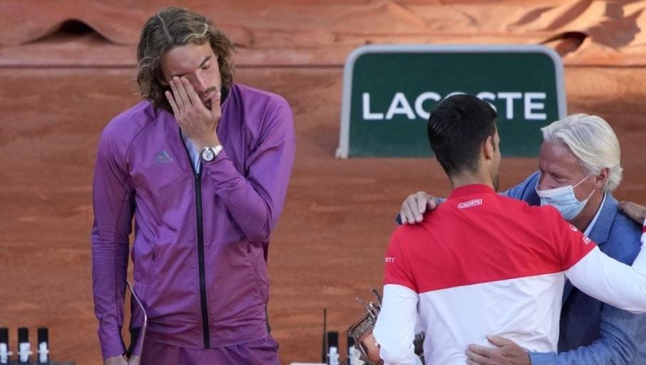NOVAK JE ZA, RODŽER PROTIV: Cicipas izneo predlog koji bi zauvek promenio tenis!