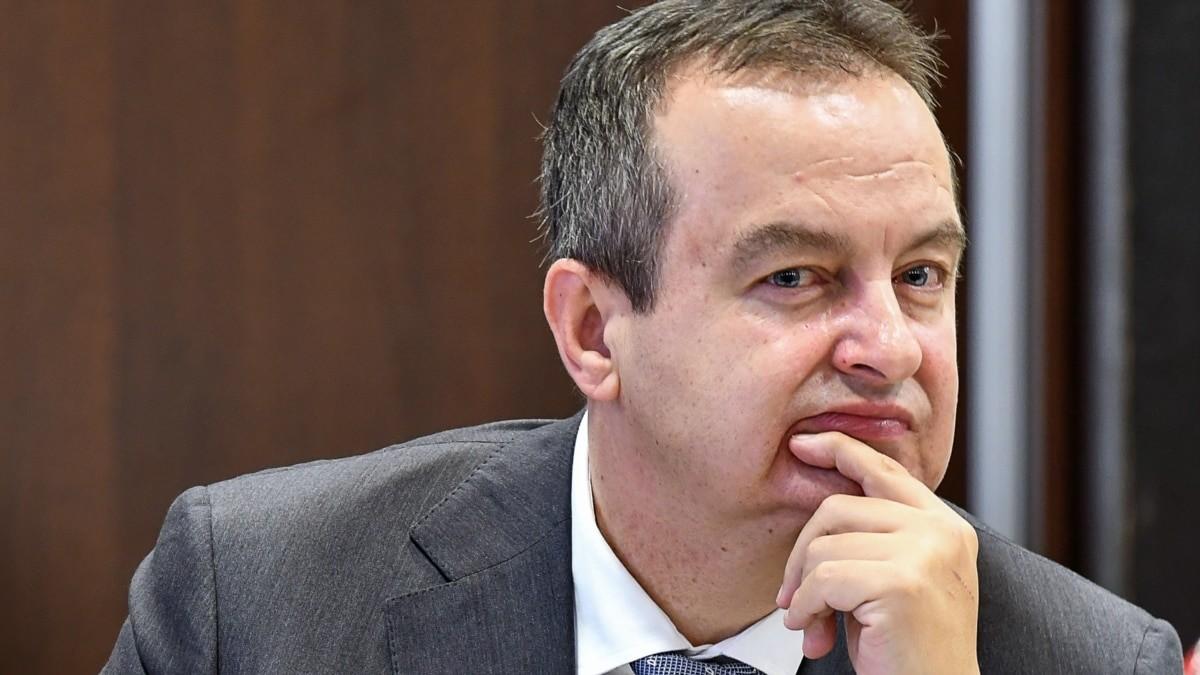 Dačić: Licemerna izjava da Srbija negira genocid