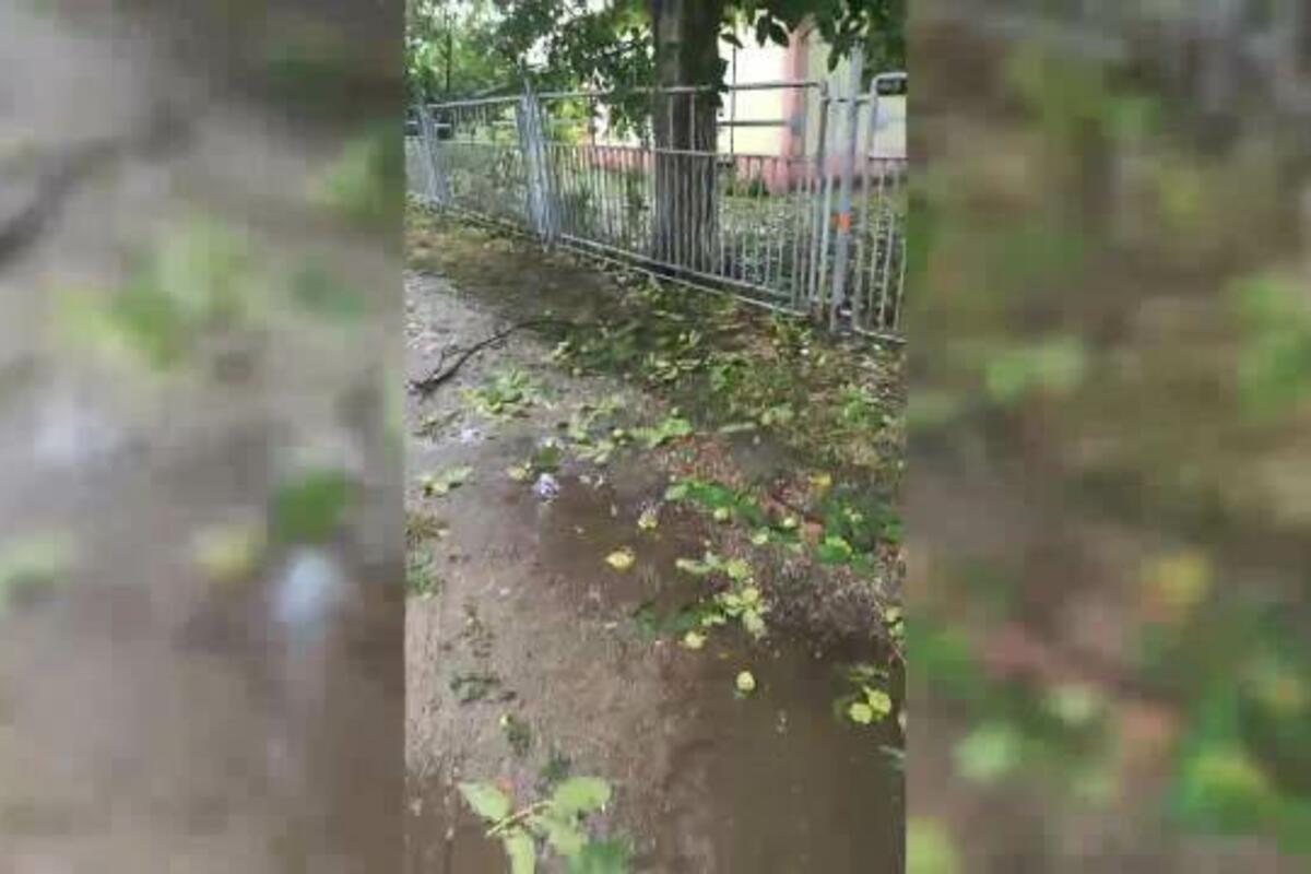 SNAŽNO NEVREME KOD ZRENJANINA: Grad veličine oraha padao u Tiganjici (VIDEO)