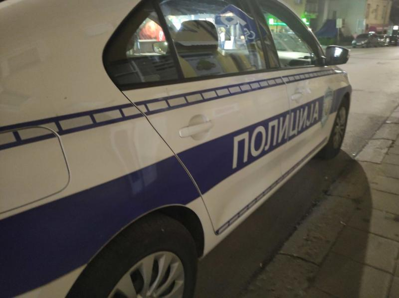 """Automobil udario majku i dete kod """"Delte"""", prebačeni u Urgentni centar"""