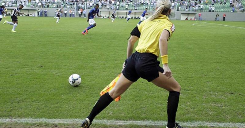 UEFA SPREMA REVOLUCIJU Zastavice odlaze u istoriju, ofsajd u novom ruhu…