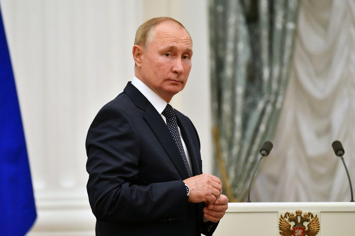 Putin mora u samoizolaciju zbog slučaja zaraze u njegovom okruženju