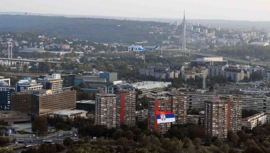 SPEKTAKULARNE SCENE U BEOGRADU: Fotografije sa Dana srpskog jedinstva ostavljaju bez daha
