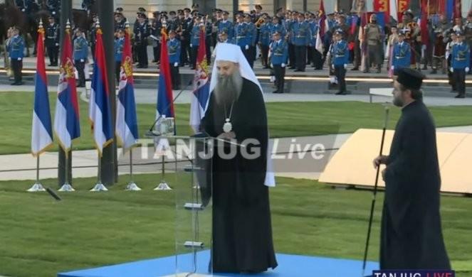 NE MOŽEŠ BITI SVETSKI, A DA NISI SVOJ! Deo govora patrijarha Porfirija sa Dana srpskog jedinstva, slobode i zastave!