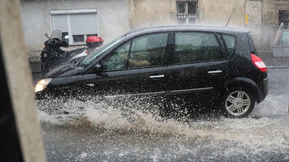 Nevreme u Sarajevu, potopljene pojedine ulice