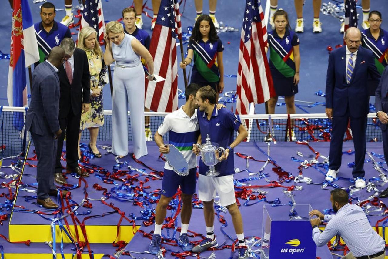 MEGA OBRT! Ovo skida VELIKO BREME sa leđa Novaka Đokovića u završnici sezone, Danilu Medvedevu titula u Indijan Velsu neće značiti ništa za prvo mesto - RUS OSTAJE IZA SRBINA!