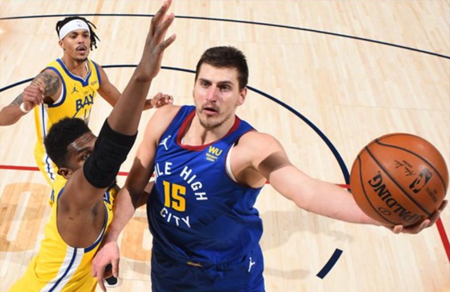 SRBIJO BUDI PONOSNA! SRBIN JE NAJBOLJI KOŠARKAŠ NA SVETU: Nikola Jokić je novi MVP NBA lige!