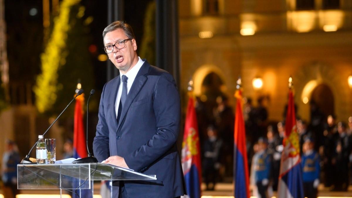 Vučić: Za srpsku trobojku nikada više nećemo nikome da se izvinjavamo