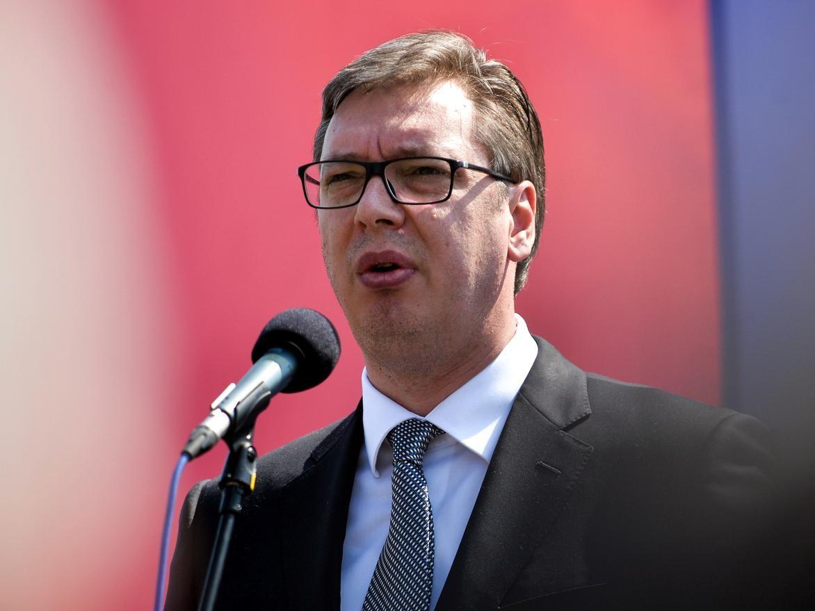 """Vučić: """"Leoni"""" će odmah preuzeti od najmanje 400 do 600 radnika """"Šinvona"""""""