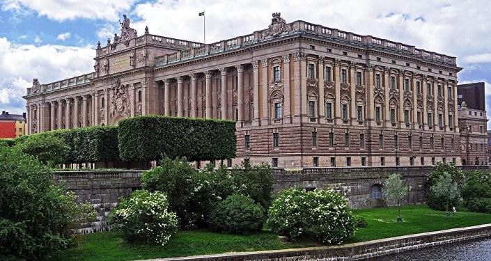 Шведски парламент покренуо питање куповине руске вакцине