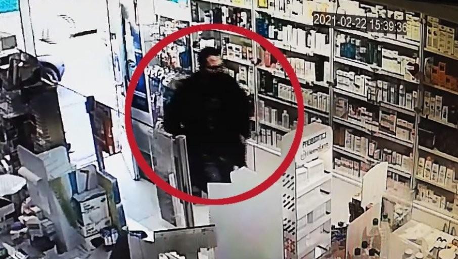 KRAO od dece obolele od raka u Nišu! Lopov se prvo pravio da kupuje lek, isplivao SRAMOTAN snimak (VIDEO)