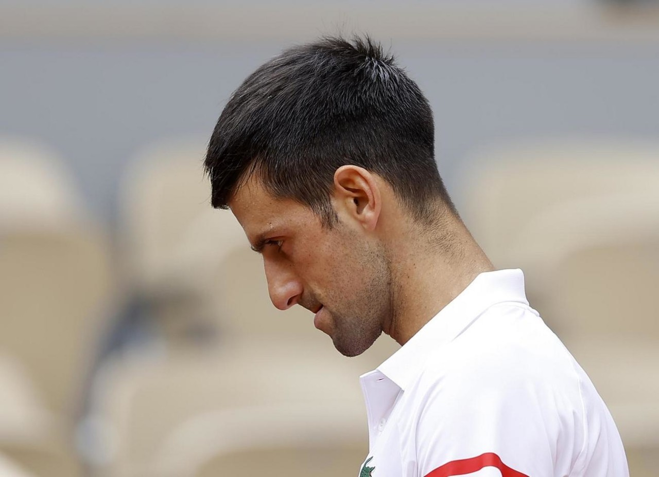 """""""Što se tiče povlačenje Federera, ne znam..."""" Novak u Parizu rekao da se ne oseća dobro, a onda je krenuo o Rodžeru: JESTE MALO IZNENAĐUJUĆE"""