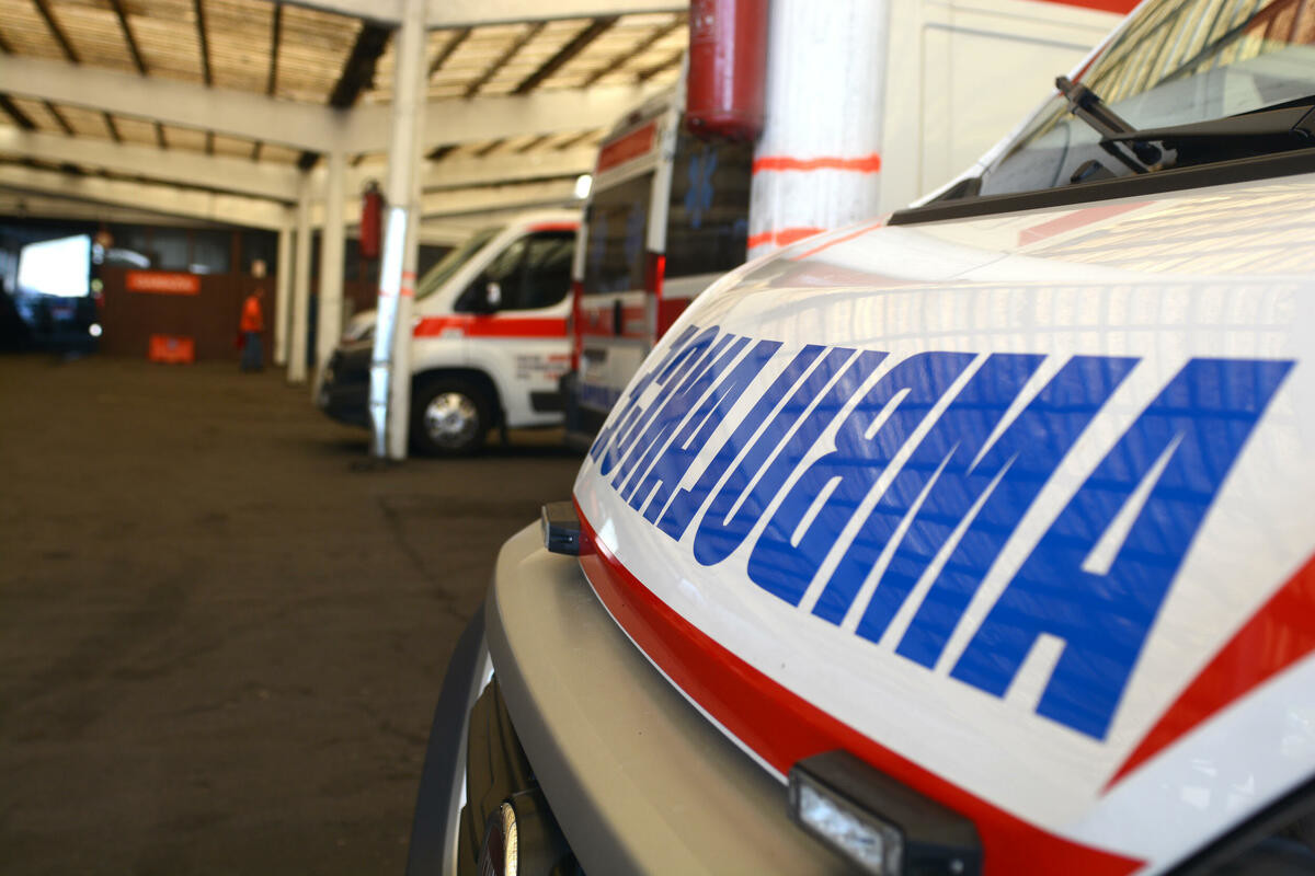 2 SAOBRAĆAJKE NA IBARSKOJ MAGISTRALI: Mladić povređen kod Meljaka, prevezen u Urgentni centar