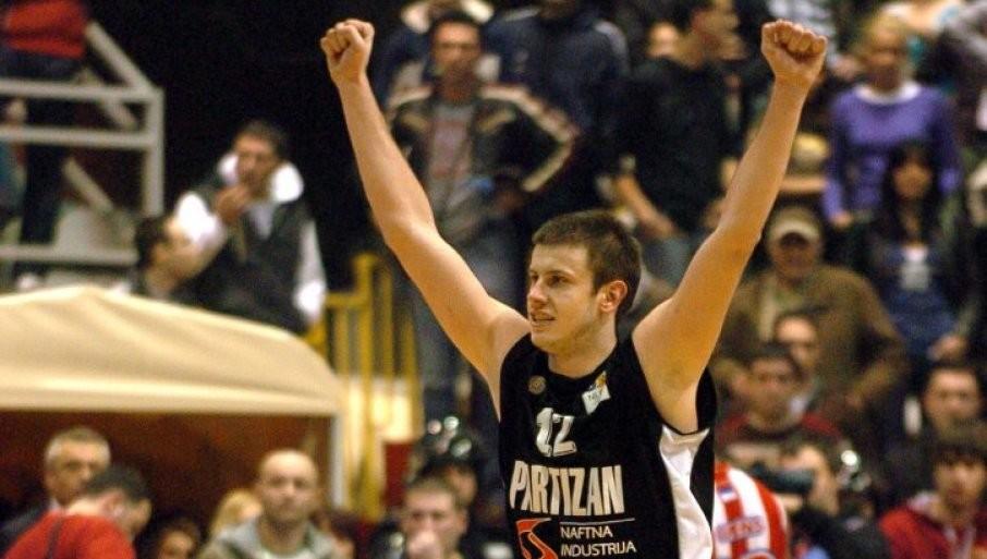 NOVICA JOŠ OVAJ PUT: Veličković se protiv šampiona Evrope oprašta od košarke
