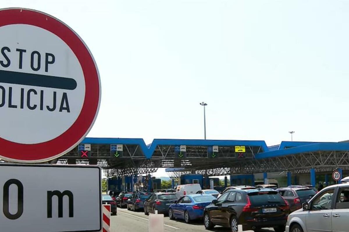 AUTOMOBILI NA ULAZU U SRBIJU ČEKAJU PO SAT VREMENA: Ogromne gužve