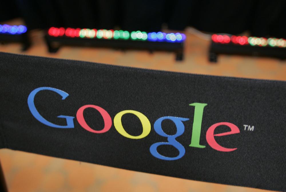 NOVA TAKTIKA U BORBI PROTIV KLIMATSKIH PROMENA: Gugl maps počinje da usmerava vozila na ekološke rute!