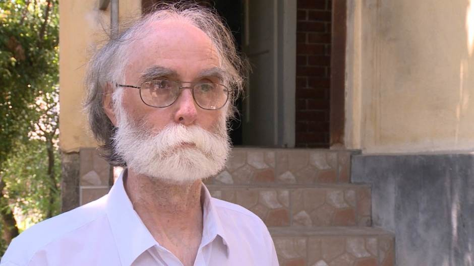 Niški penzioner šalje Vučiću zarđale kašike