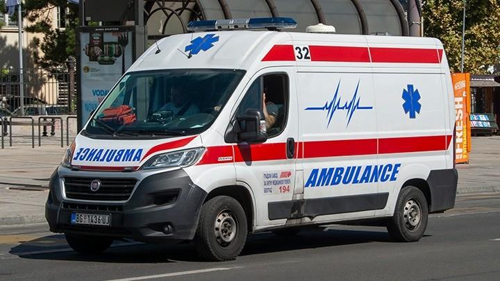 Dve saobraćajke na Ibarskoj, intervenisala Hitna pomoć