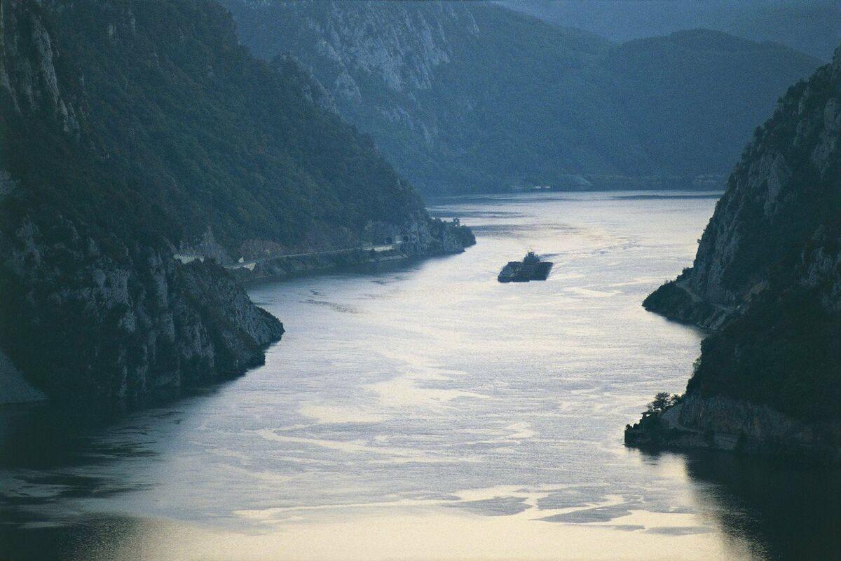 METEOROLOZI NAJAVLJUJU PORAST NIVOA REKA: Porast Dunava i do dva i po metra!