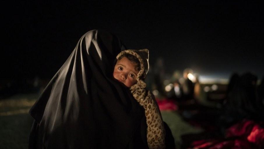 BORILI SE NA STRANI ID U SIRIJI: Na Kosovo vraćeno 11 građana, među njima deca i žene