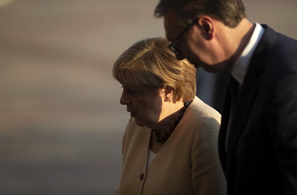 Merkel: Nemačka će donirati Srbiji 500.000 evra povodom 80 godina od napada Vermahta