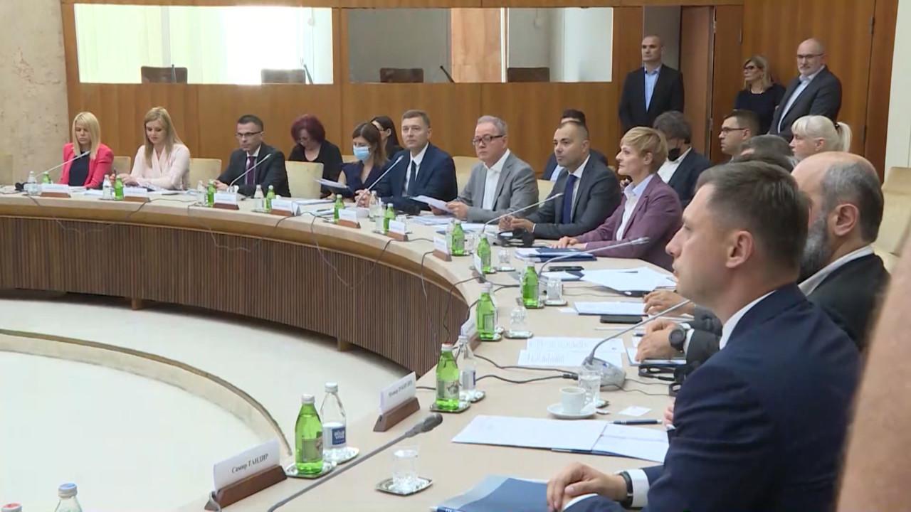 Zbog novih članova UO RTS i RTV opozicija razmatra napuštanje dijaloga