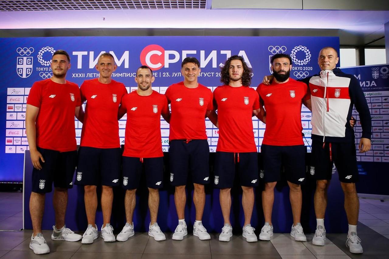 RVAČI OTPUTOVALI U JAPAN Još jedna grupa srpskih sportista otišla na Olimpijske igre, prva stanica Fuđimi