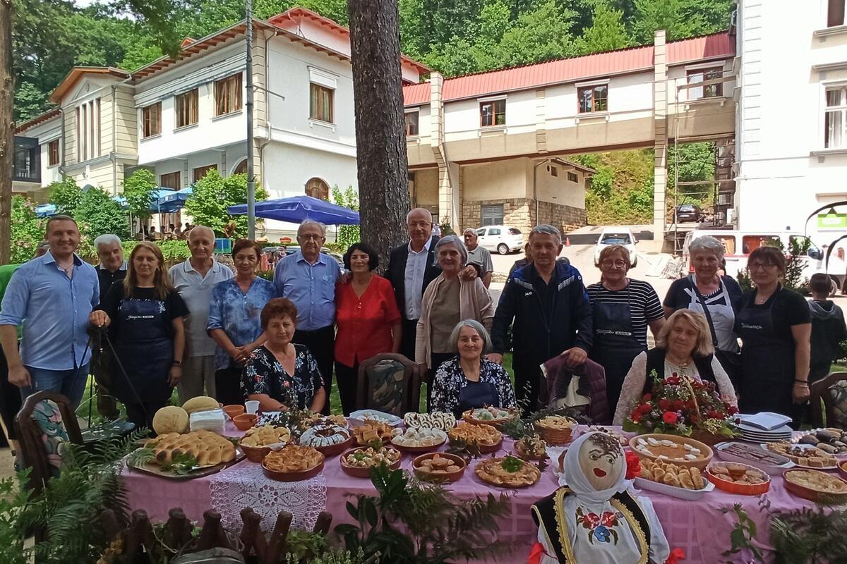 ETNO FESTIVAL U RIBARSKOJ BANJI: Počela tradicionalna kulturna manifestacija (FOTO)