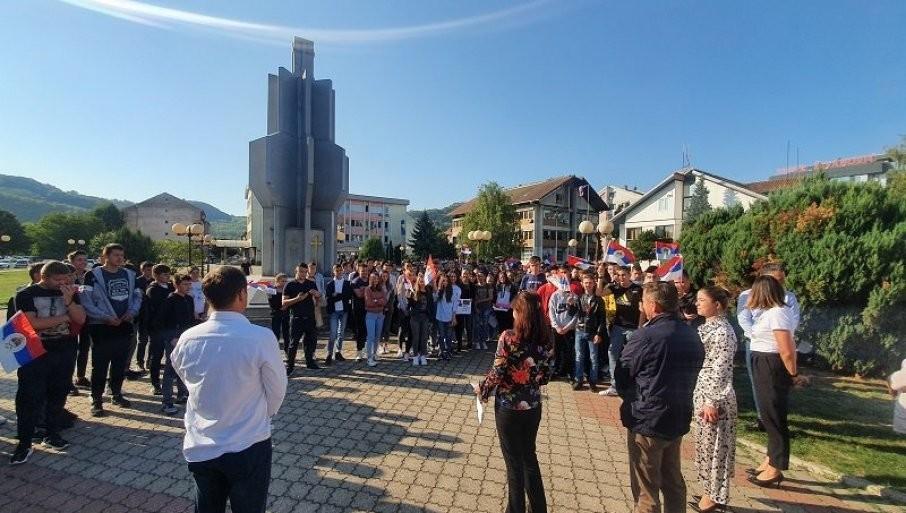 ČVRSTO UZ MATICU: U Ugljeviku obležen Dan srpskog jedinstva, slobode i nacionalne zastave