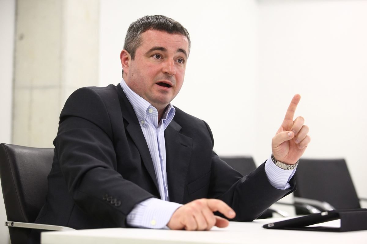 Dušan Bajatović postao doktor nauka
