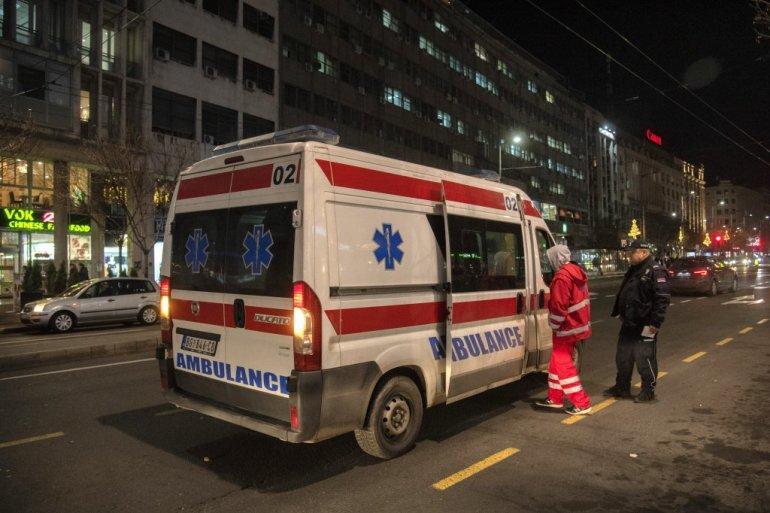 UŽAS U NIŠU! Taksi oborio majku i ćerku (3) - odmah prevezene u Urgentni centar