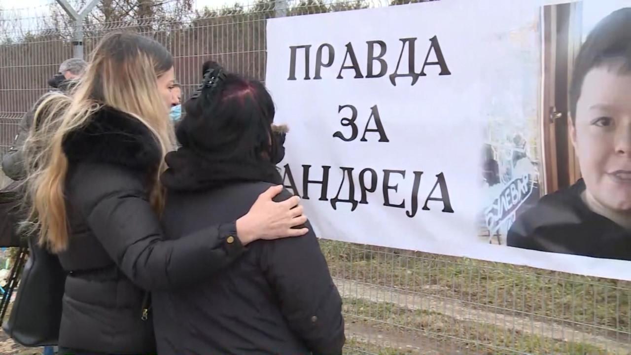 """Nišlije na protestu traže """"Andrejev zakon"""" i 30 godina za """"ubistvo u saobraćaju"""""""